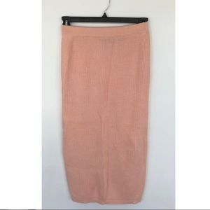 Dresses & Skirts - Amazing 80s style pink knit pencil skirt